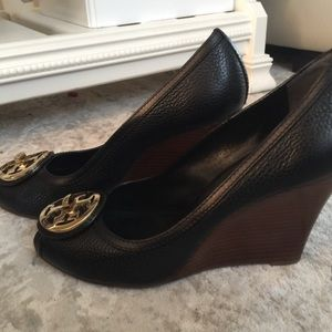 Tory Burch Never worm outside size 9 wedge